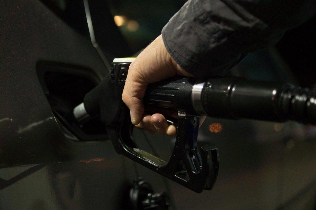 foto de Decreto determina que postos de combustíveis informem o preço final do produto