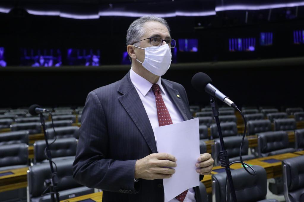 foto de Deputado Zarattini critica o Governo por impedir votação de proposta que beneficia aposentados