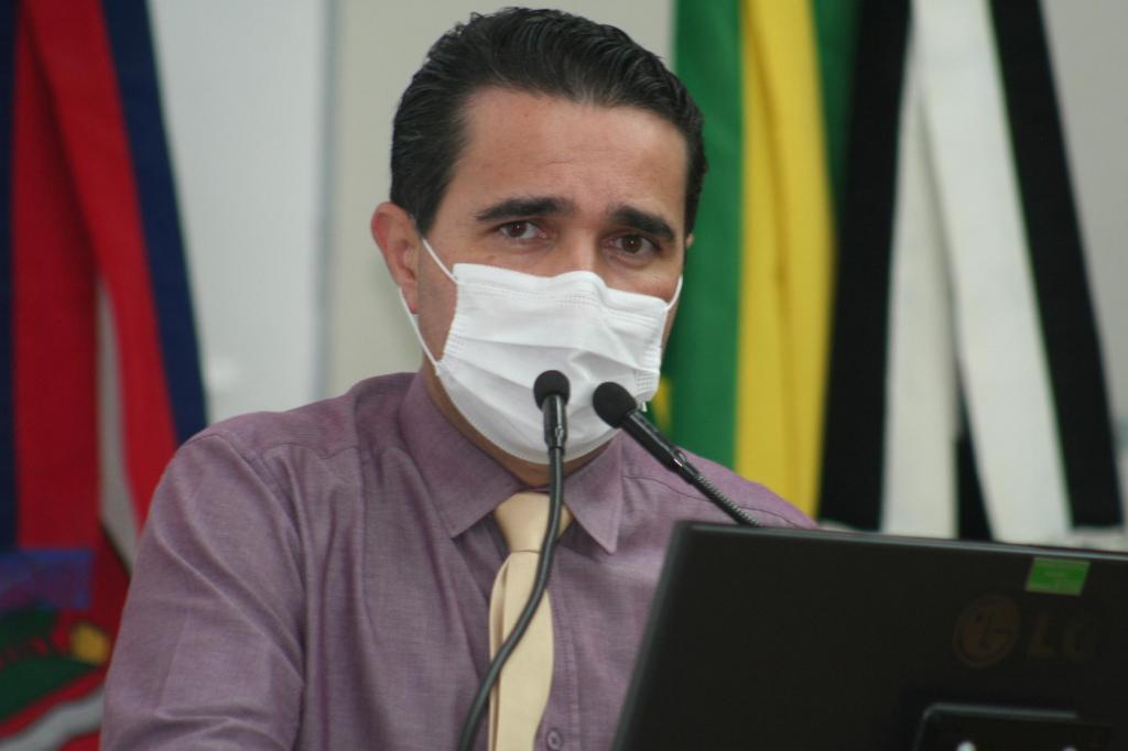 foto de Vereadores aprovam Auxílio Emergencial Amparense no valor de R$ 170,00