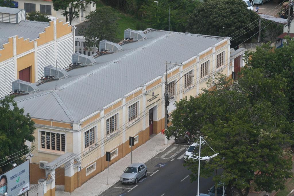 foto de Criação da galeria dos ex-prefeitos de Amparo gera polêmica na Câmara Municipal