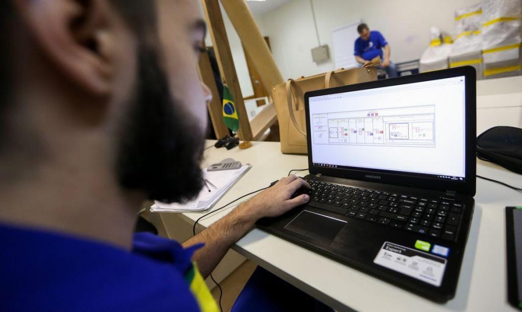 foto de Governo federal promove qualificação profissional gratuita para jovens