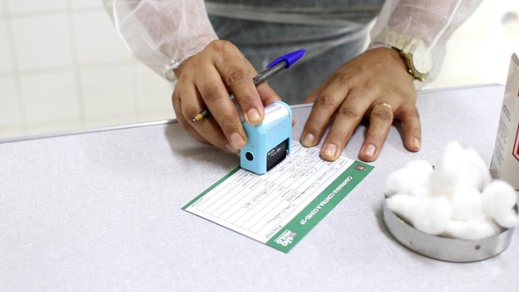foto de Mais de 10% da população amparense já recebeu primeira dose da vacina contra Covid-19