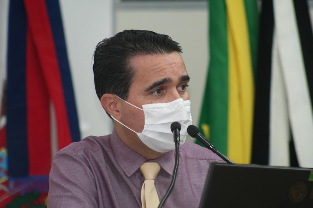 foto de Carlos Alberto pede aos vereadores antecipação dos feriados municipais de 2021 e 2022