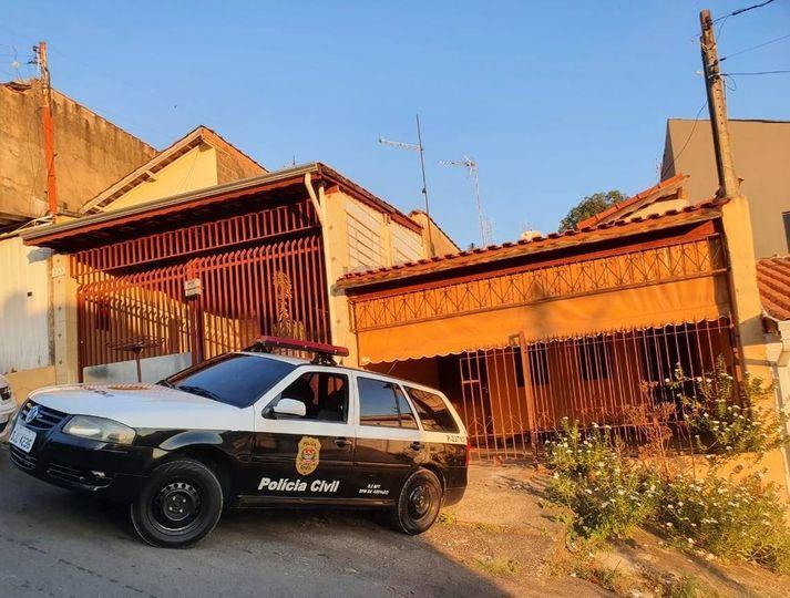 foto de Crianças estavam trancadas sozinhas em casa no Jardim Figueira