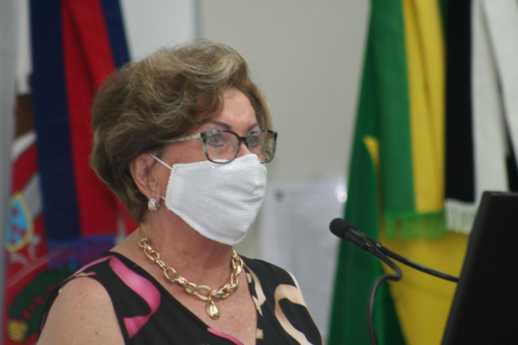 foto de Vereadora pede criação do Bolsa Atirador