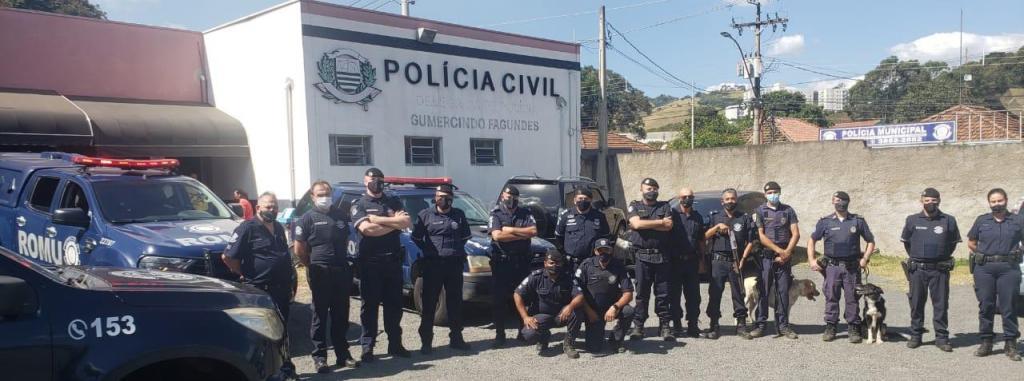 foto de Drogas foram farejadas pelos cães da Polícia Municipal de Amparo