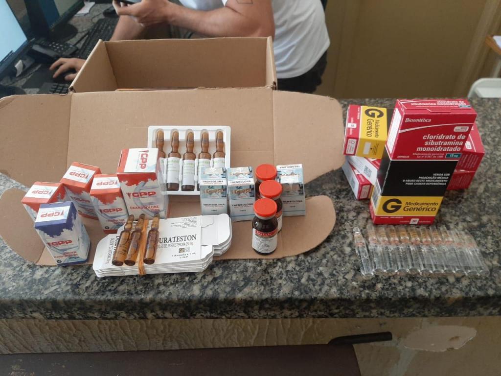 foto de Polícia de Jaguariúna encontra esteroides anabolizantes com casal de Amparo