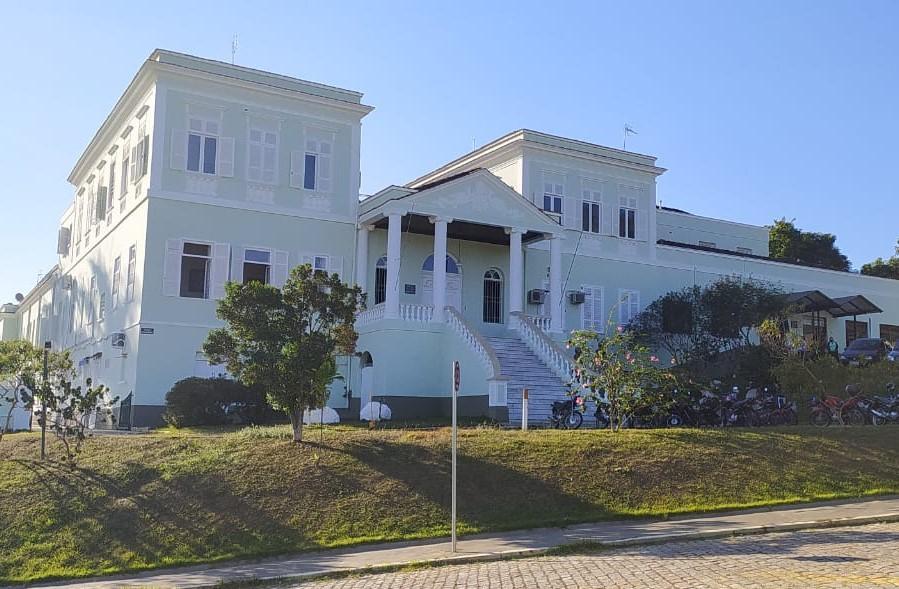 foto de Prefeitura cancela dois convênios com Santa Casa Anna Cintra