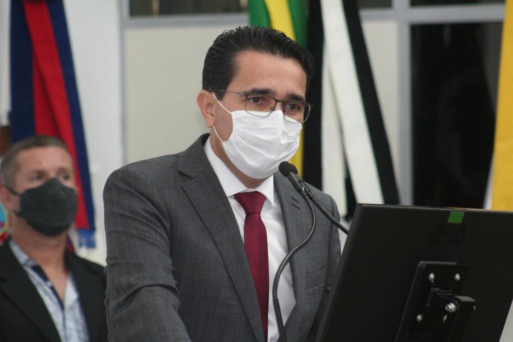 foto de Novo decreto de Carlos Alberto proíbe consumo de bebidas alcoólicas em vias públicas a partir de sexta-feira