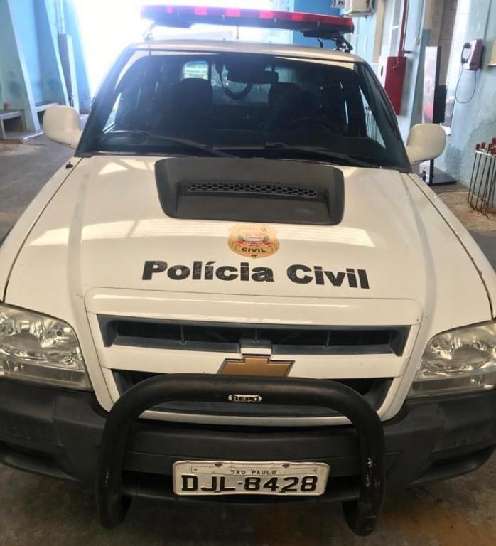 foto de Polícia Civil prende motorista de caminhão com CNH falsa