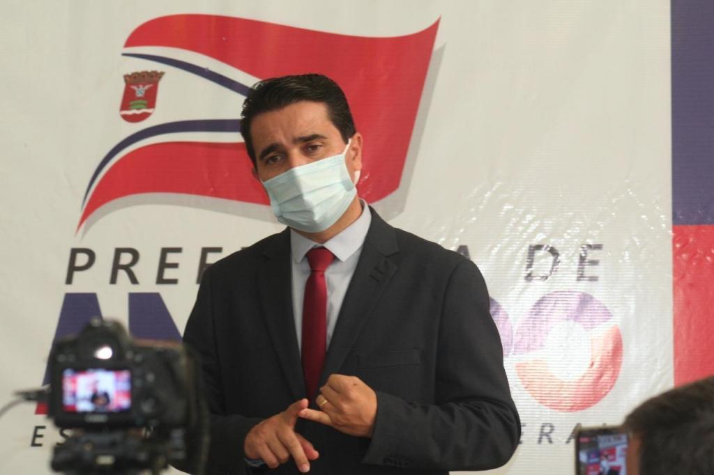 foto de Prefeito anuncia Amparo em fase emergencial e lockdown por 15 dias