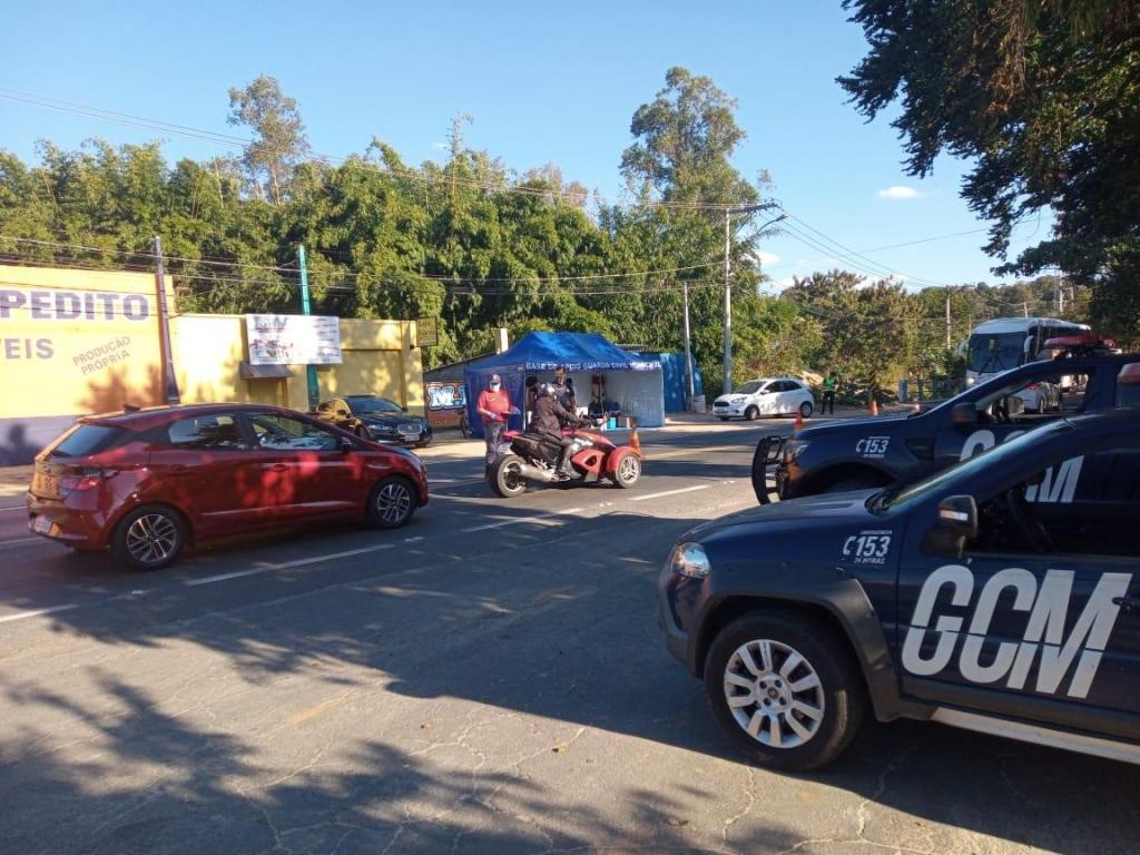 foto de 98 pessoas foram abordadas pela GCM durante o lockdown em Amparo
