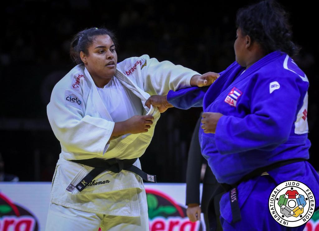 foto de Suelen ganha bronze no mundial e está muito próxima da sua terceira Olimpíada.