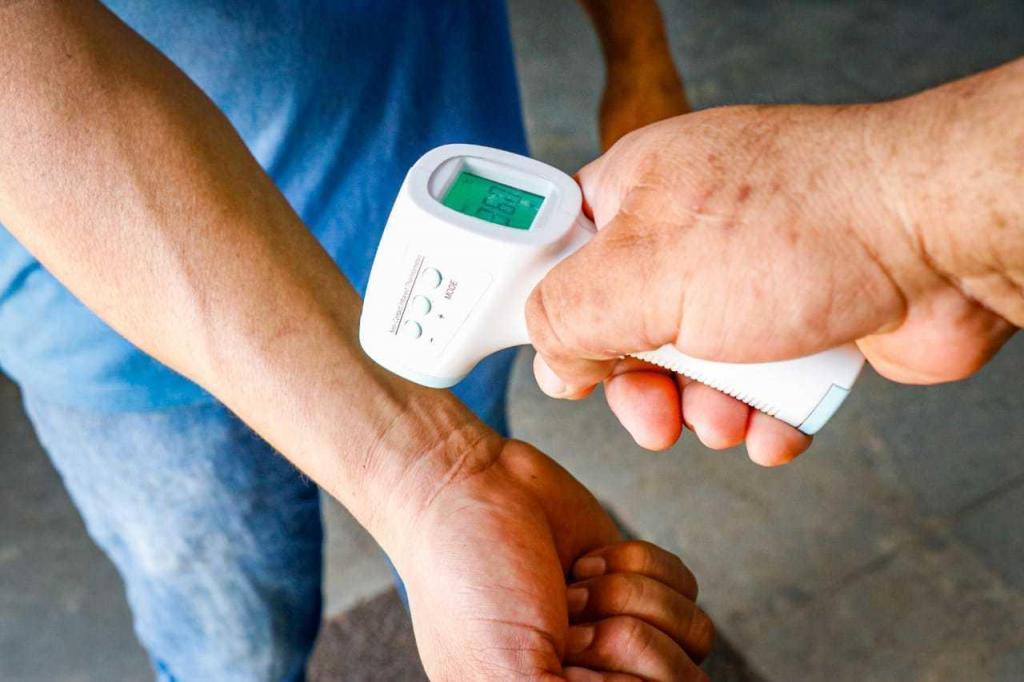 foto de Fake news ou não: termômetro no punho funciona?