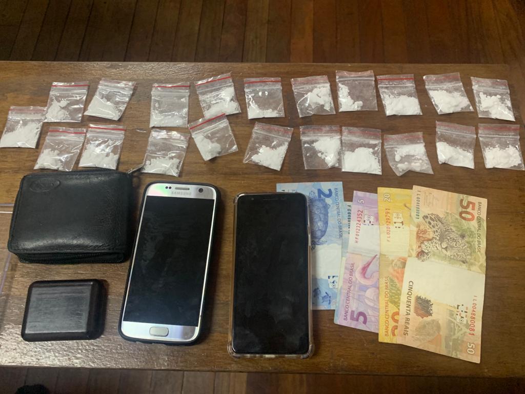 foto de Administrador de empresa, morador de condomínio de alto padrão, é preso por tráfico de drogas em Amparo