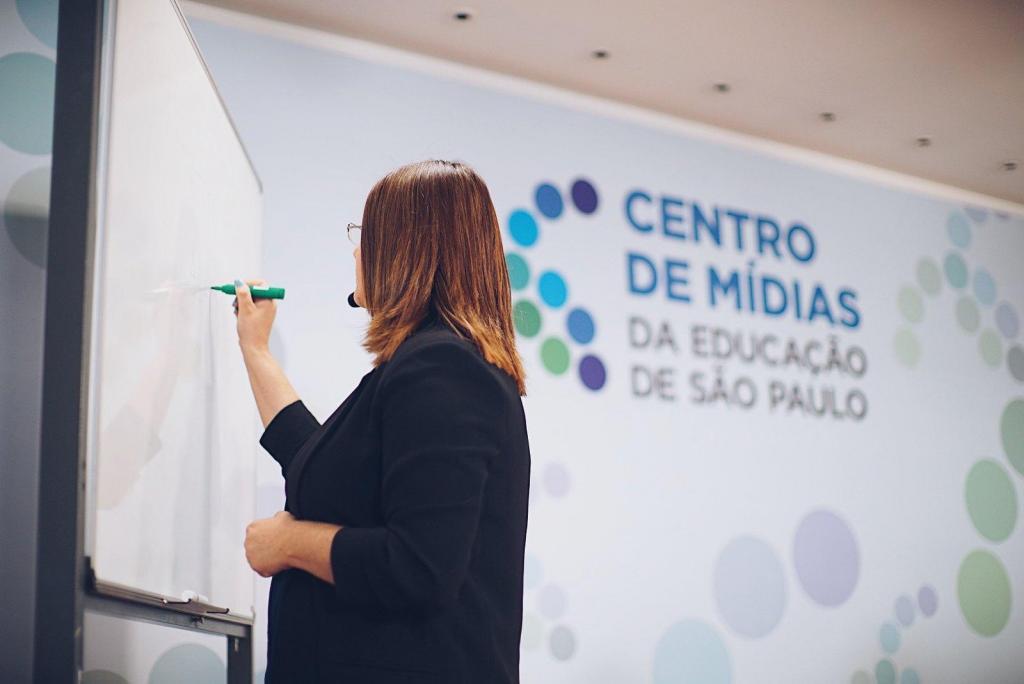 foto de Intensivão Enem volta a ser transmitido todo sábado e domingo no Centro de Mídias SP