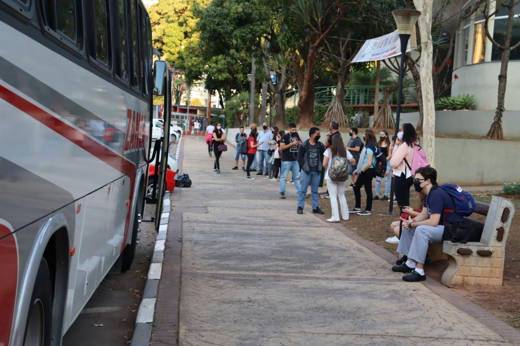 foto de Prefeitura de Serra Negra oferece transporte gratuito para estudantes