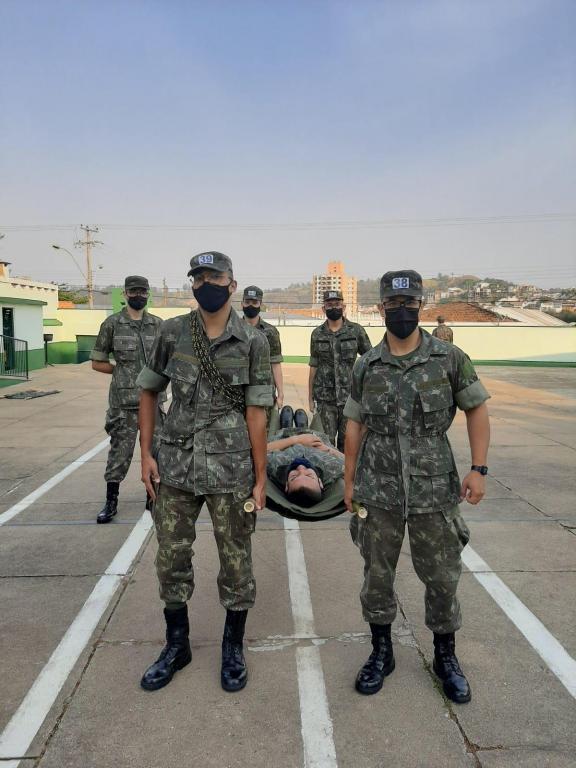foto de Tiro de Guerra participa de treinamento sobre primeiros socorros e transporte de feridos