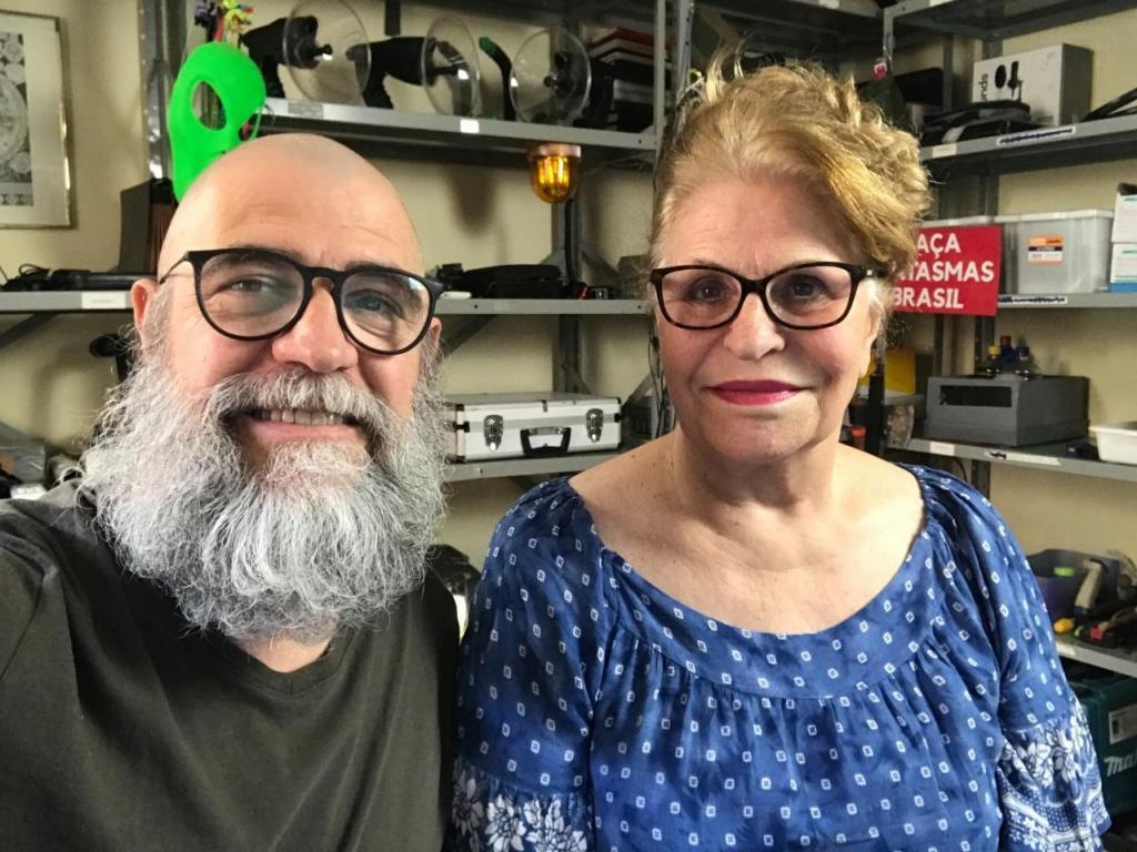 foto de Os caçadores de fantasmas do Brasil Rosa Maria Jaques e João Tocchetto de Oliveira são convidados do Mix Podcast