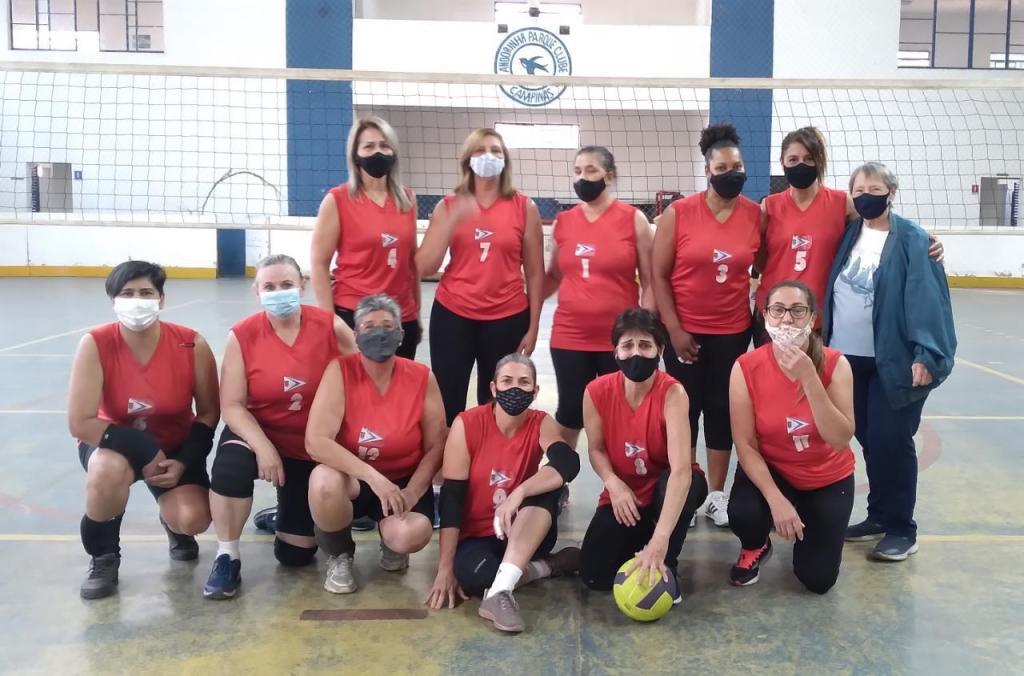 foto de Equipe de vôlei adaptado disputou torneio em Campinas