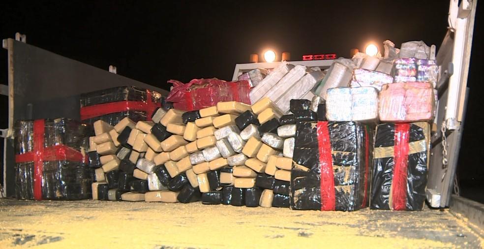foto de Carreta com quase três toneladas de maconha foi apreendida em Jaguariúna