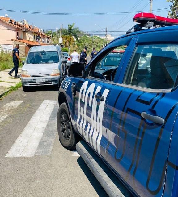 foto de GCM recupera carro furtado no Santa Maria do Amparo